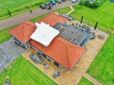 Grote feesttenten van Rofra Valkenswaard waaien dak op en beschadigen accommodatie
