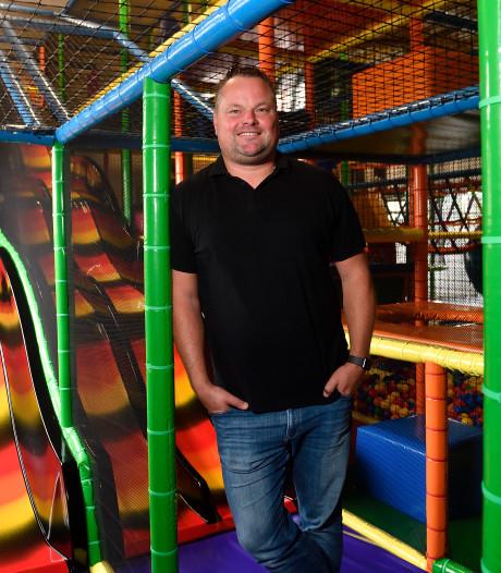 Oud-keeper Jeroen Verhoeven runt indoorspeeltuin voor kinderen met een stoornis die niet naar school kunnen