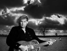 Julian Sas: 'Iedere nieuwe dag een betere gitarist'