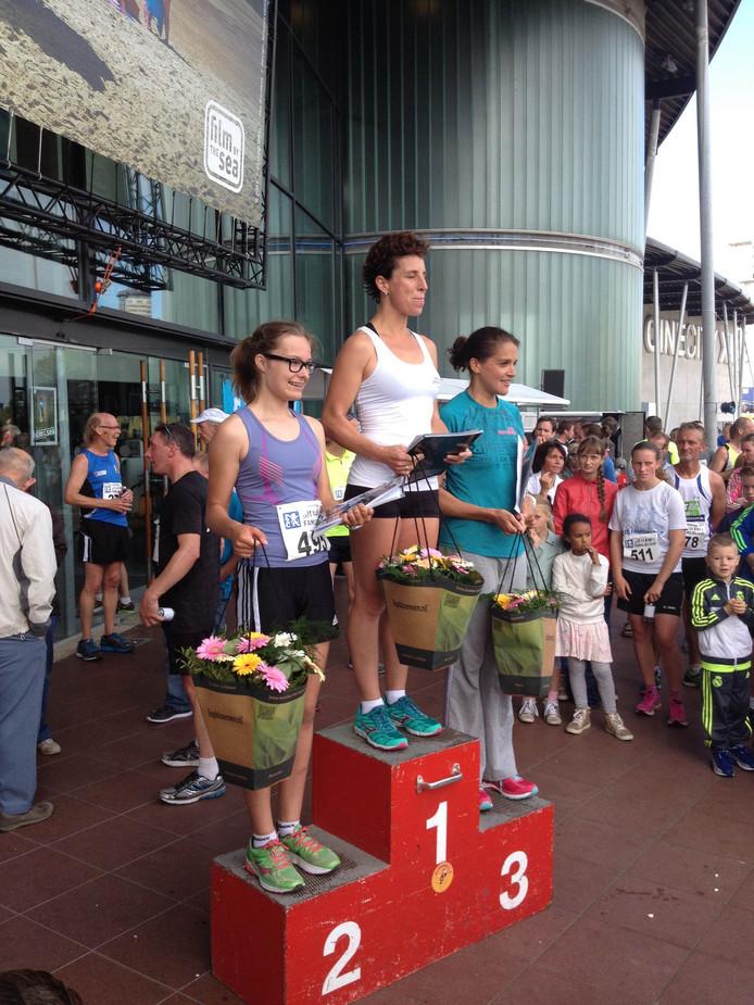 Het podium bij de dames op de 5 kilometer.