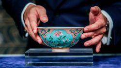 Zeldzame kom uit Qing-dynastie geveild voor bijna 25 miljoen euro