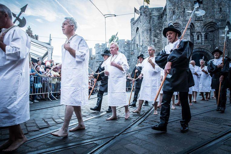 De rondgang van de Stroppendragers is voor veel Gentenaars een vaste afspraak op de Gentse Feesten.