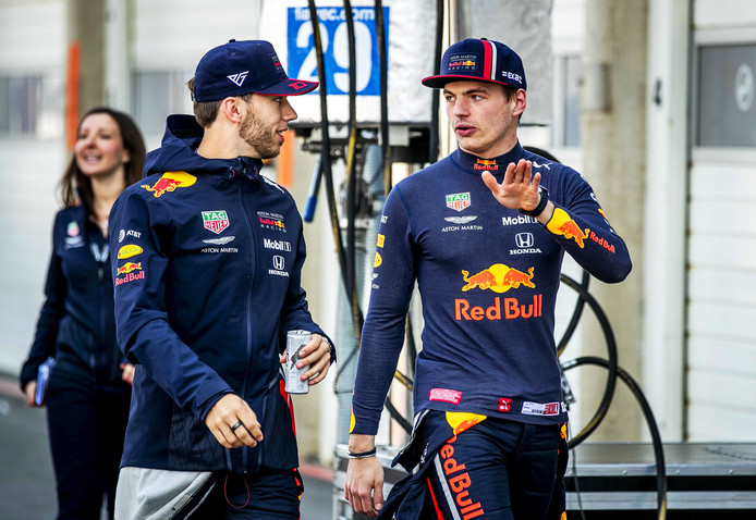 Pierre Gasly en Max Verstappen tijdens de Jumbo Racedagen op Zandvoort.