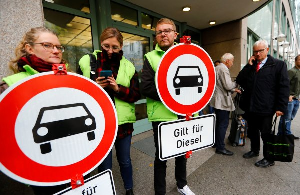 Autokameraden Bovag en RAI slaags over Duitse diesels