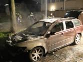 Auto brandt uit in Culemborgse Rinkesstraat