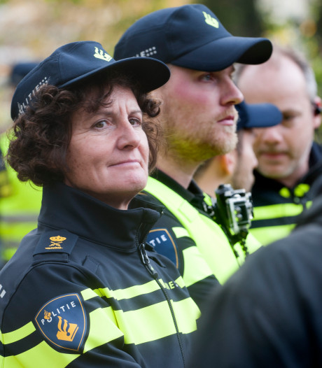 Politiechef Midden-Nederland vertrekt per april