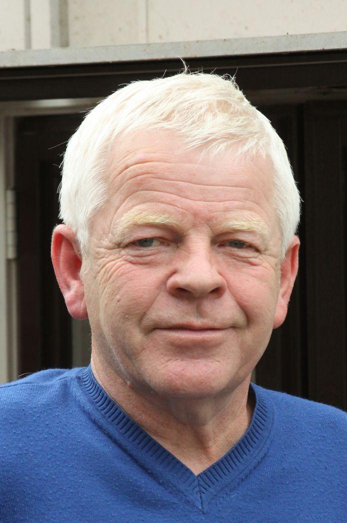 Gerrit Verschoor is benoemd tot erelid van de Nijverdalse voetbalclub De Zweef.