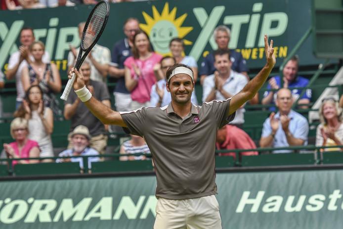 Roger Federer kan juichen na zijn partij tegen John Millman.