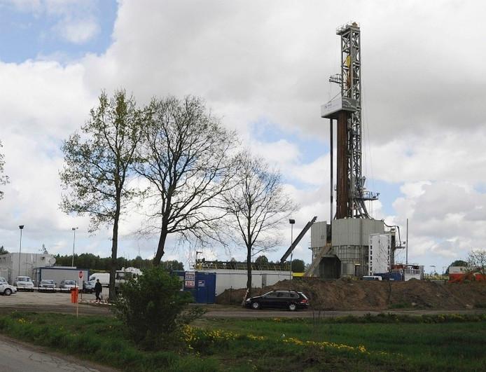 Een boorinstallatie voor schaliegas in Lebien, Noord-Polen. Foto: AP