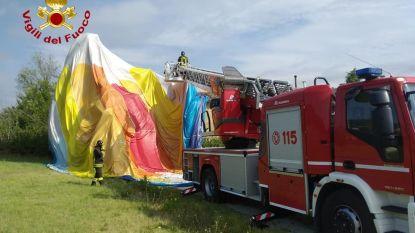 Twee Belgen belanden tijdens wedstrijd met luchtballon op huis in Italië