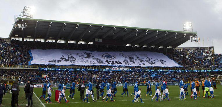 November 2016: de reusachtige tifo van Blue Army voor de 125ste verjaardag van Club Brugge.
