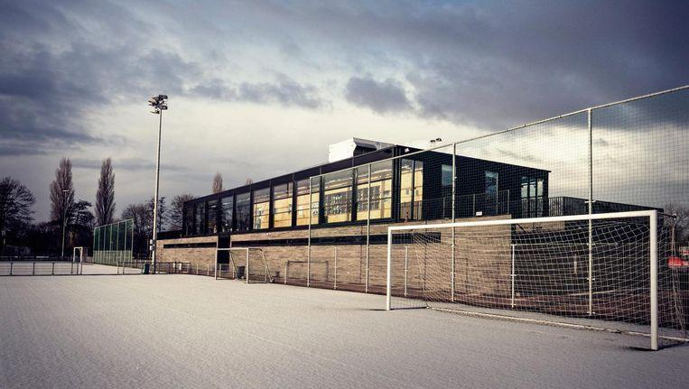 Het nieuwe clubhuis is ontworpen door architect Fokke van Dijk. Beeld Ben Boon