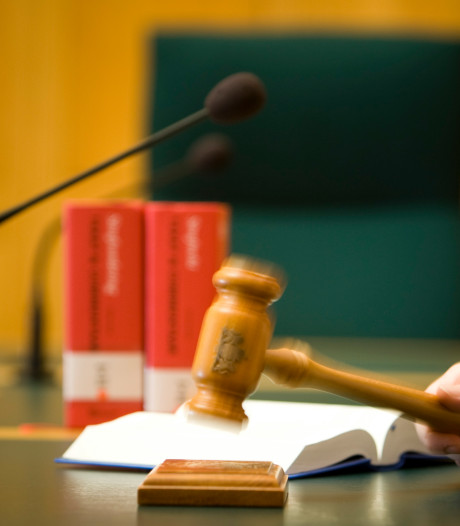 Vrijspraak voor Reeuwijker die 'liefdesrivaal erin luisde'