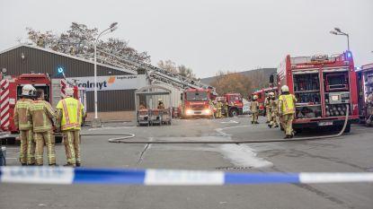 Uren werk met dakbrand bij Colruyt-filiaal
