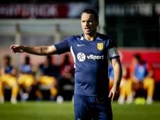 Wesley ziet hoe broertje Rodney Sneijder hattrick maakt tegen oude club uit Qatar