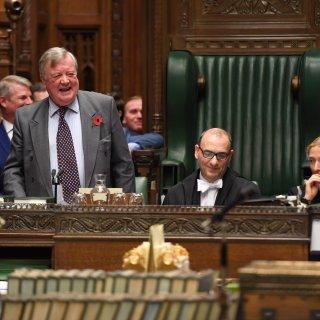 Prominente Britse parlementariërs doen aan politieke partnerruil