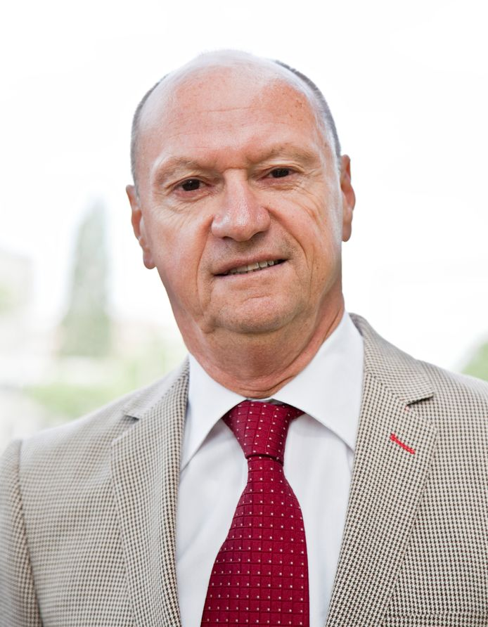 Emeritus-hoogleraar Nico Nelissen.