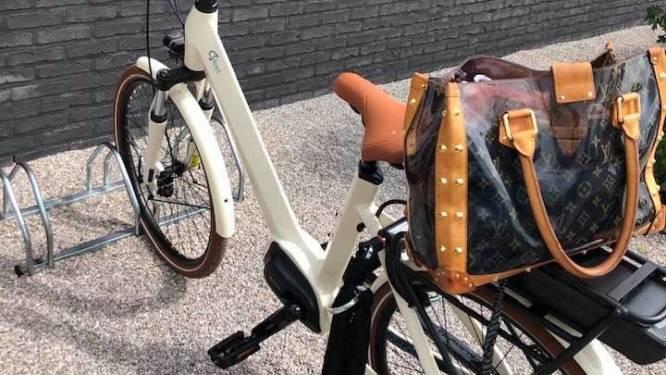 """Speciale elektrische fiets van Valerie (37) gestolen: """"Hopelijk leveren camerabeelden iets op"""""""