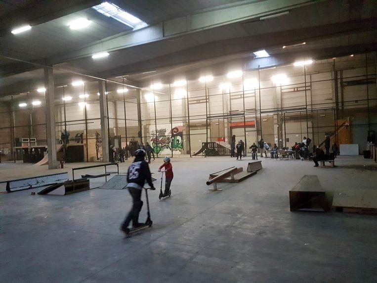 Het nieuwe skatepark is groter dan de vorige locatie.