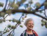 Burgemeester Josan Meijers mist de knuffels van haar kleinzoons
