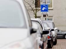 'Bezoekers van Scheveningen of binnenstad moeten verplicht in garage parkeren'