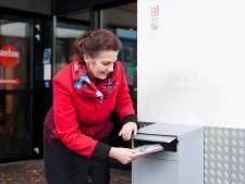Oproep om eenzame ouderen in Holten op te vrolijken met kaart in feestmaand: 'Situatie is schrijnend'