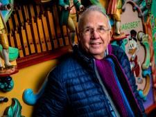 Al 50 jaar staat Pieter (75) met zijn draaiorgel in Zutphen, maar nu zit hij thuis: 'Ik heb wel zo'n bakkie aan een stokkie'