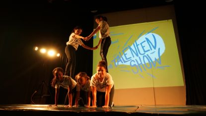Leerlingen basisschool Atheneum brengen geslaagde eerste talentenshow