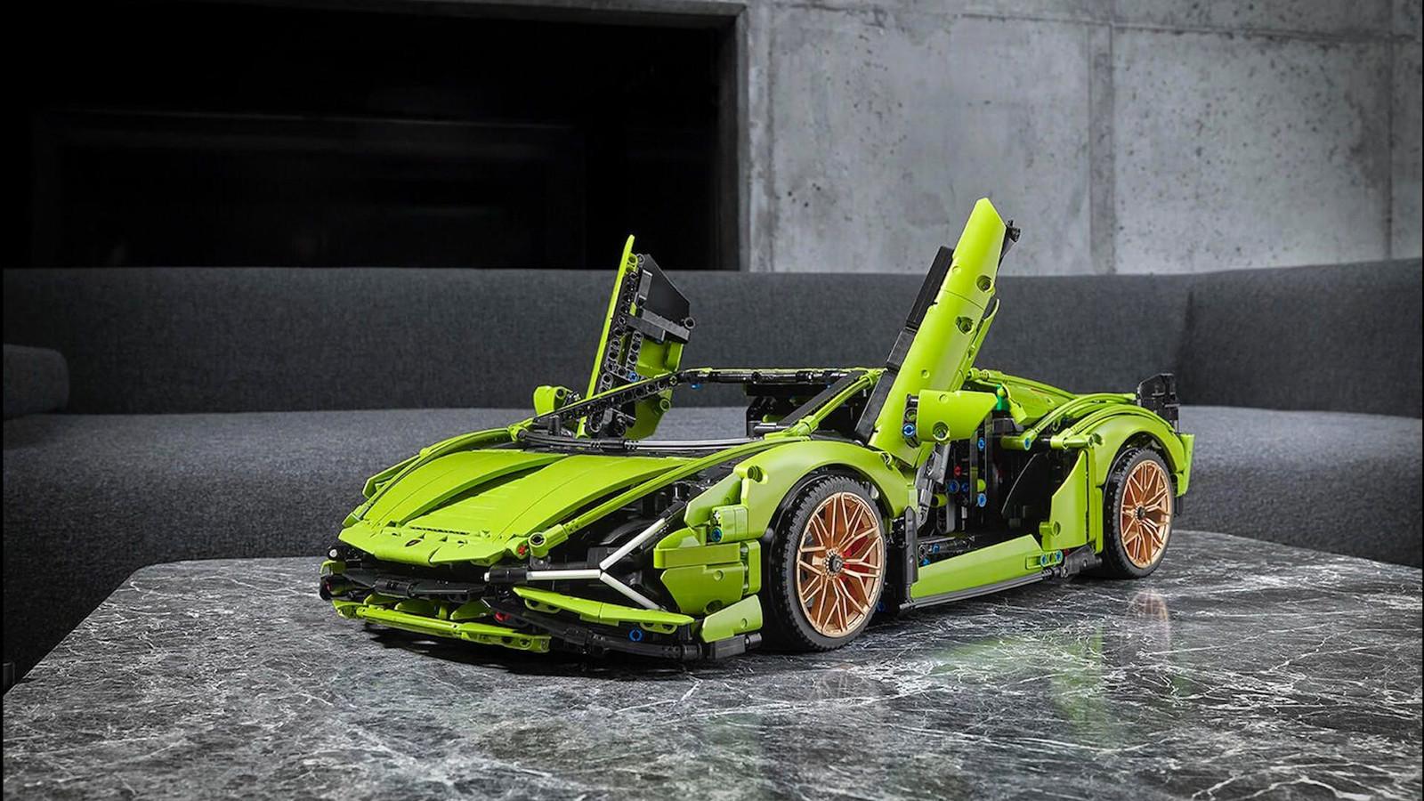 De nieuwste Lego-auto is een Lamborghini die bestaat uit 3696 onderdelen.