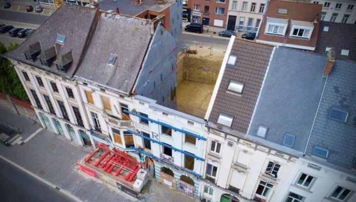 Het bouwblok is gesloopt, de gevel aan de kant van het Sint-Pieterplein blijft behouden en wordt hersteld