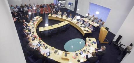 Het pluche plakt niet meer, politiek in Berg en Dal trekt maar weinig nieuwe mensen