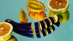 Waarom je aubergines, aardappelen en sommige andere voeding best niet rauw eet