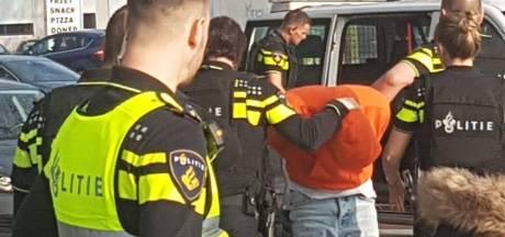 Technovium Nijmegen ontruimd om dreigende situatie: politie houdt student met nepwapen aan
