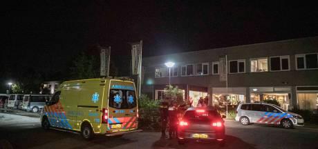 Ambulance moet wachten op 'sein veilig' bij vechtpartij in 'Polenhotel' Velp