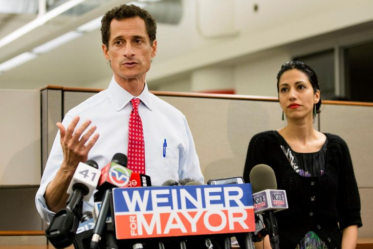 Anthony Weiner en zijn ondertussen ex-echtgenote Huma Abedin.