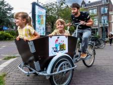 Utrechtse illustrator (35) verwerkt zichzelf en zijn kinderen in nieuwe stadsplattegrond