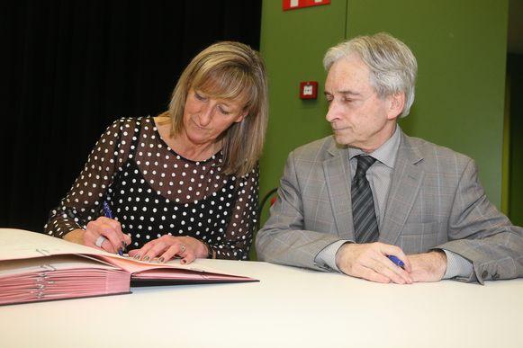 Eedaflegging burgemeester, Destelbergen Elsie Sierens.