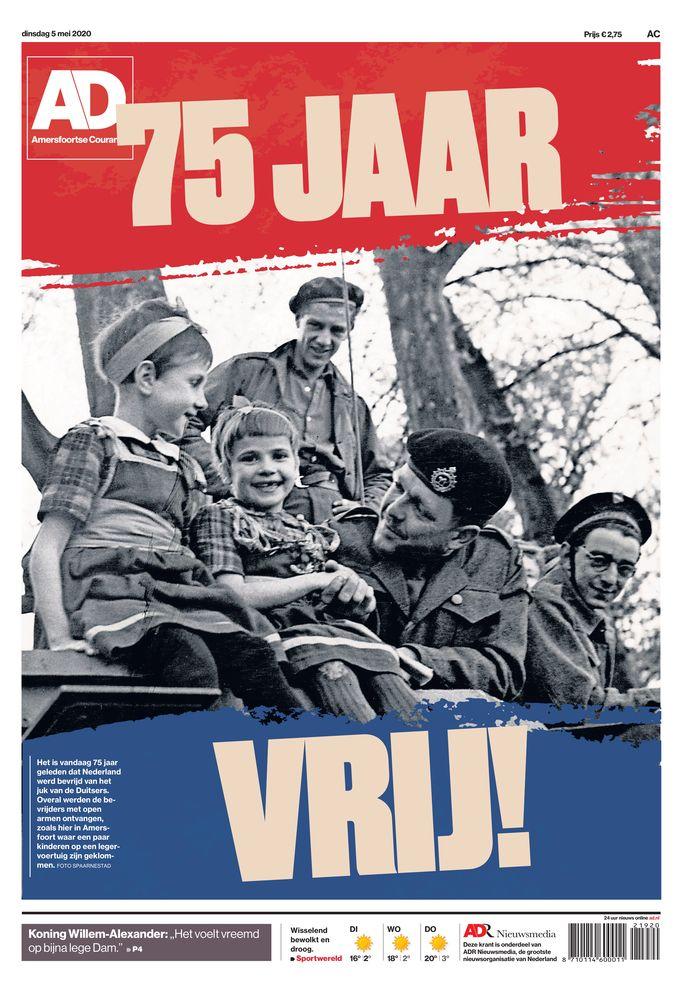 Vier keer het AD, maar wel met een eigen foto van de bevrijding. AD Amersfoortse Courant.