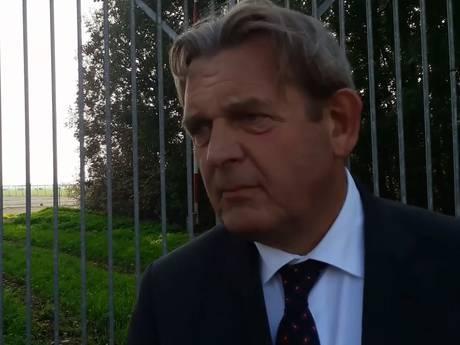 Ombudsman Reinier van Zutphen bezoekt boorterrein bij Woerden