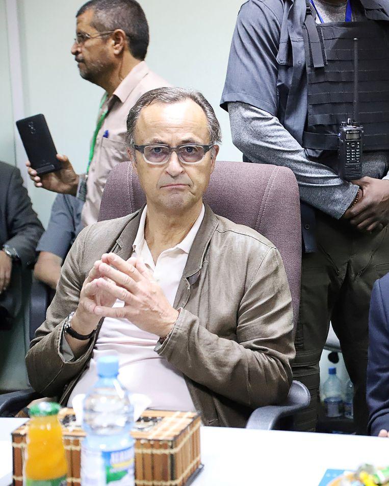 Generaal-majoor b.d. Patrick Cammaert tijdens een bijeenkomst met Houthi-rebellen in Hodeida. Beeld REUTERS