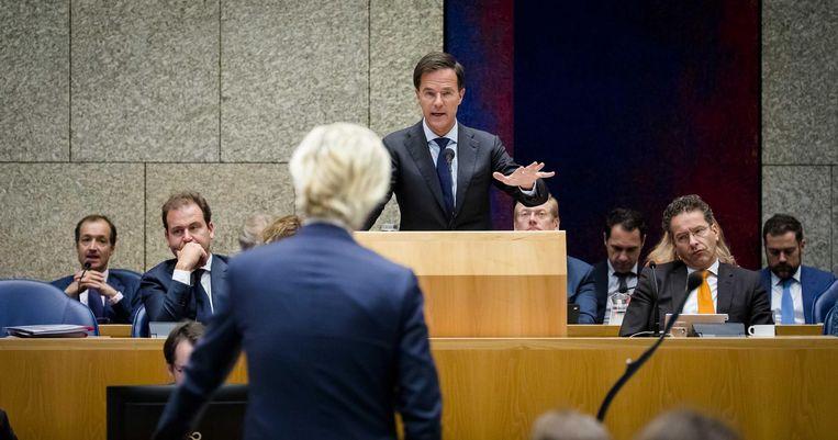 Rutte en Wilders zijn het eens: 'Onze ouderen verdienen de beste zorg.' Beeld anp