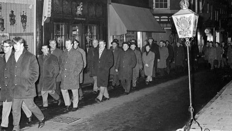 In 1967 trok de Stille Omgang 14.000 deelnemers Beeld Cor Out/ANP