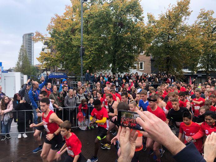 Start van de City Run 5km van de Marathon Eindhoven (2019).