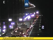 Ongeval met vrachtwagen op A58: weg richting Eindhoven afgesloten
