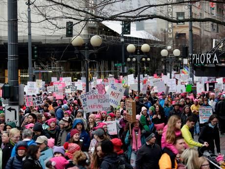 Ook op tweede vrouwenmars massale protesten tegen Trump