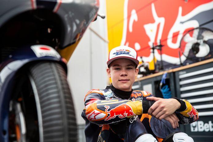 Collin Veijer heeft het eerste jaar in de Red Bull MotoGP Rookies Cup afgesloten met plaats 10. De Staphorster mag in 2021 weer racen met de grootste talenten van de wereld.