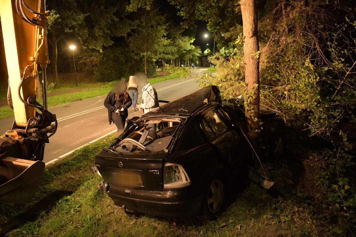 Man raakt gewond bij ongeluk in Son en Breugel.