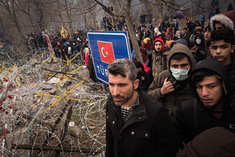 Vluchtelingen aan de Grieks-Turkse grens Beeld Nicola Zolin