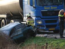 Aanrijding auto's en vrachtwagen in Haarlo