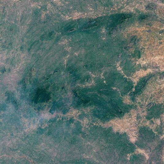 Mount Mabu van bovenaf.